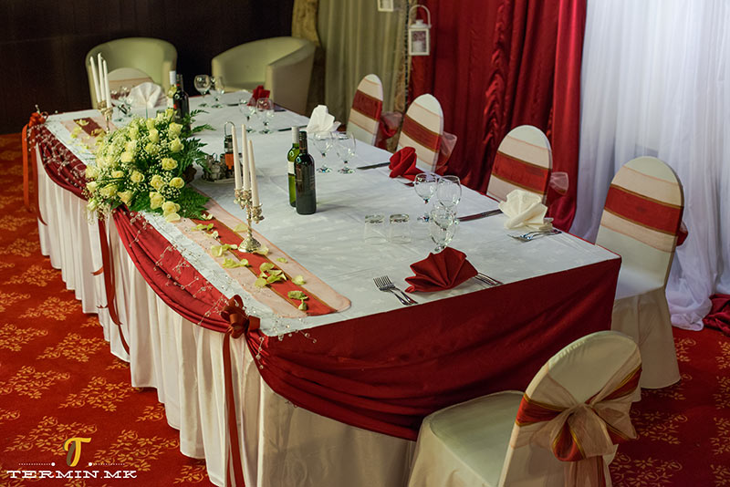 hotel_continental_wedding_table